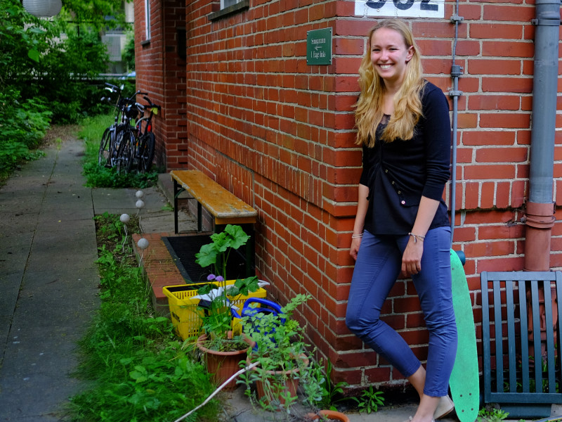 VWL-Studentin Denise van Osch lebt gern im Grünen. Foto: Christoph Spiegel