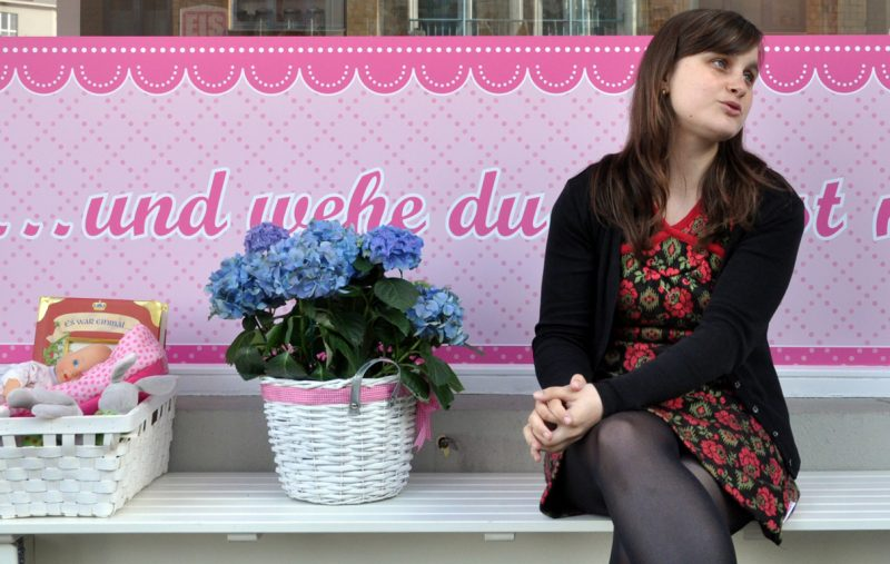 Lydia Dimitrow gibt dem Kitsch seine Berechtigung zurück. Foto: Christopher Hirsch