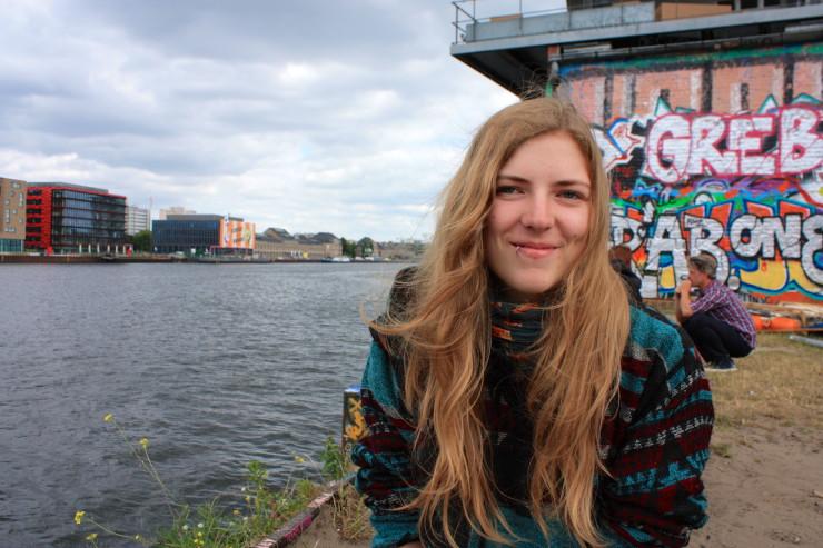 Valentina Daum bietet Asylsuchenden Deutschunterricht an. Foto: Mirja Gabathuler
