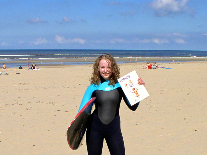 An der holländischen Küste geht es nicht nur um's Surfen. Foto: privat.