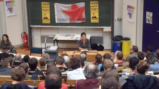 Sahra Wagenknecht hat vor Studierenden in der Silberlaube gesprochen. Foto: Marius Weichler (SDS FU)