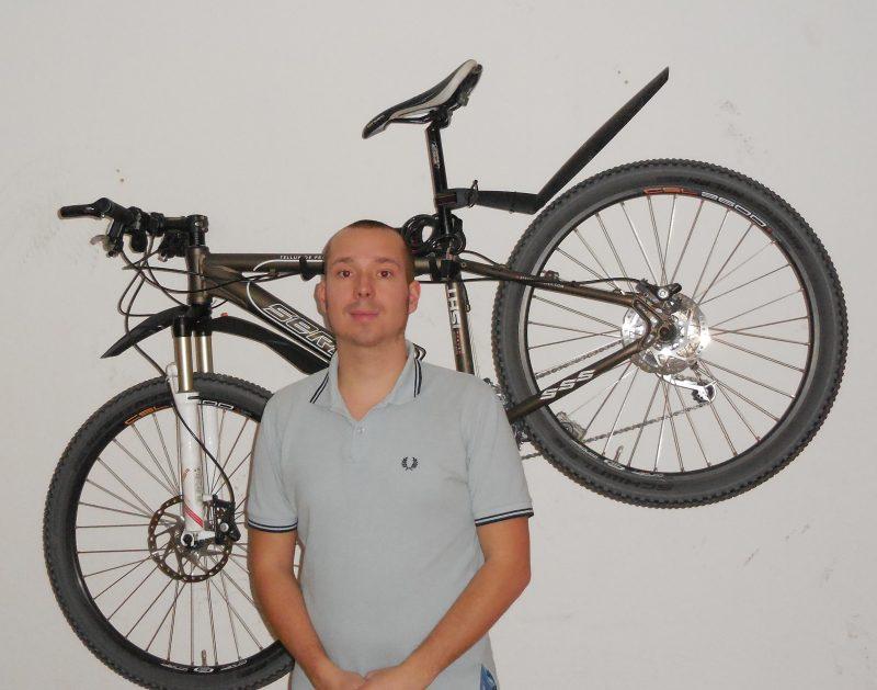 Christopher Hölzel möchte sich im Stupa für RadfahrerInnen einsetzen. Foto: privat