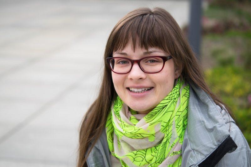 Maria Lena-Matysik unterstützt im Rahmen eines Mentoring-Programms ehrenamtlich Schüler auf ihrem Bildungsweg. Foto: Milena Andree