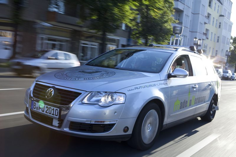 Das autonome FU-Auto unterwegs in Berlin. Foto: Claudia Heinstein