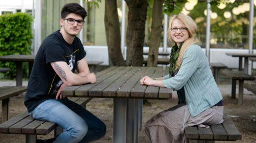 Zwei, die sich bewusst und doch unterschiedlich ernähren: Clemens und Jennifer. Foto: Milena Andree