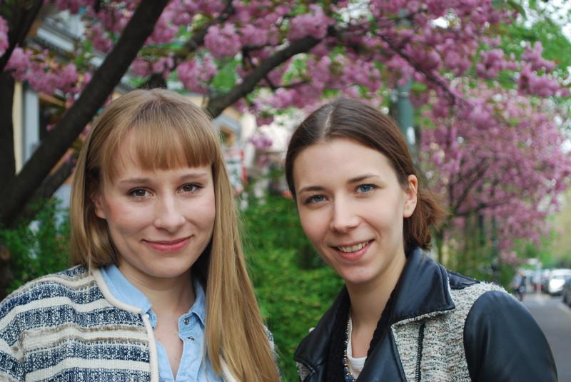 Anita (links) und Isabelle haben ein STück über Lebensträume auf die Beine gestellt. Foto: Margarita Dreiling