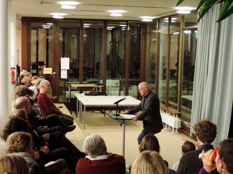 Holm Tetens redet, wo Philosophie und Medien zusammenkommen. Foto: Anke Schlieker