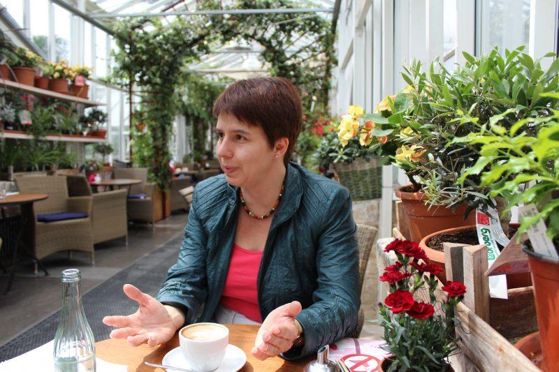 Andrea Bör im Gespräch. Foto: Alexandra Brzozowski